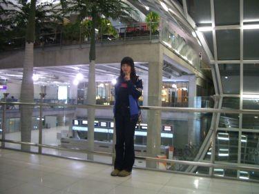 在曼谷機場轉機