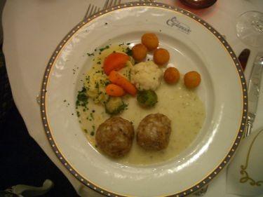 主餐2--豬肉丸