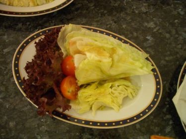 沙拉~一大顆生菜
