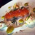 侯布雄-鹽封鮭魚與鮮脆蔬果