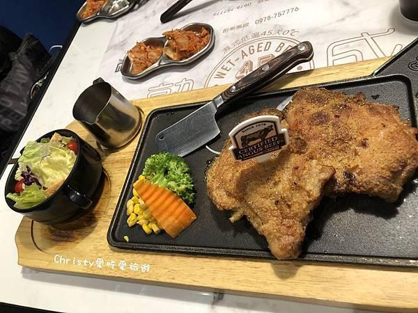 【台北。南京三民站】TGB很牛炭燒牛排 東興店 13