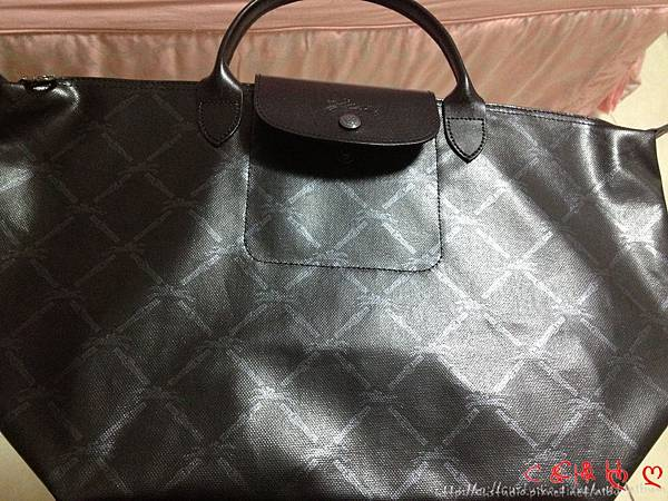 (已售出)Longchamp 經典菱格紋短帶大包_3,950元