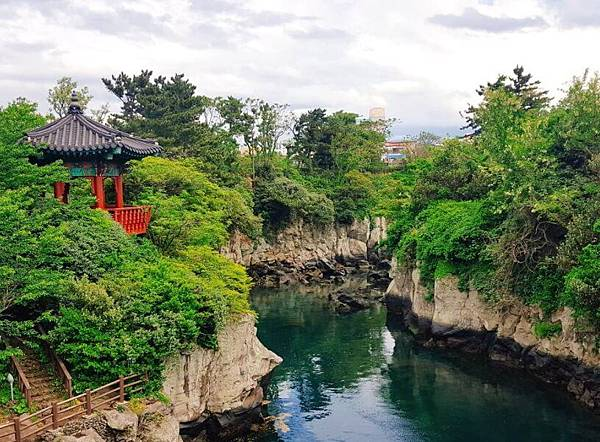 龍淵峽谷용연.jpg