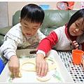 2012_1201甜甜圈diy (7)