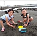 2013_0608觀音濱海遊憩區玩沙 (21)