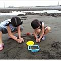 2013_0608觀音濱海遊憩區玩沙 (20)