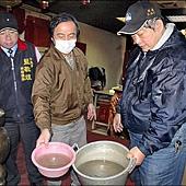 水污濁骯髒 住戶買水喝