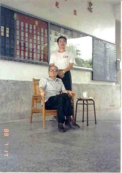 1988年劉師視導集訓後留影.jpg