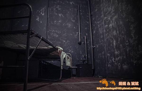 牢房1.jpg