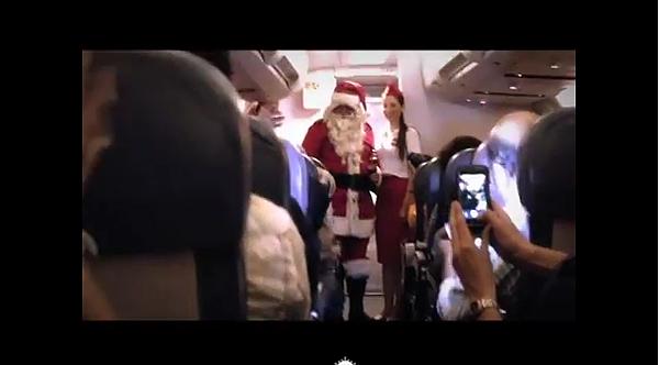 3萬英呎上的飛機出現聖誕老公公啦.png