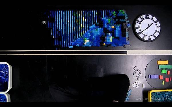 7000個骨牌排出梵谷名畫星夜(Starry Night)_003