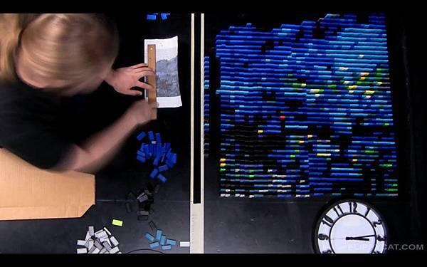7000個骨牌排出梵谷名畫星夜(Starry Night)_004