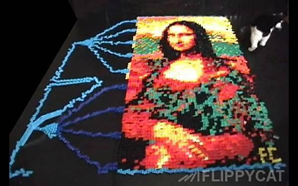 5000個骨牌排出達文西名畫蒙娜麗莎的微笑(Mona Lisa)_004