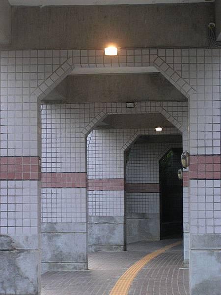 特別的小拱門短廊