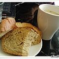 餐前麵包與濃湯
