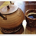 很有質感卻也很重的茶壺