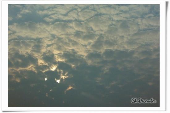 無風也無晴的多雲日