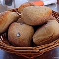 很硬又冷的麵包