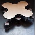 學院區的可愛桌椅