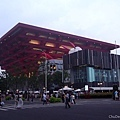 中國館,前面是澳門跟香港館