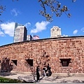 是個古碉堡