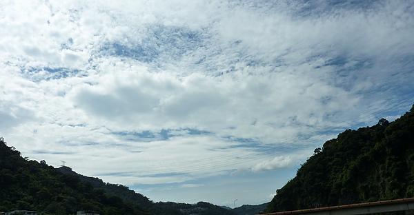 翡翠水庫的天.jpg