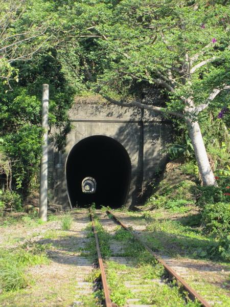 重重隧道.jpg