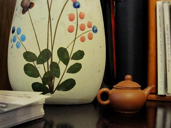 花瓶嶼茶壺.jpg
