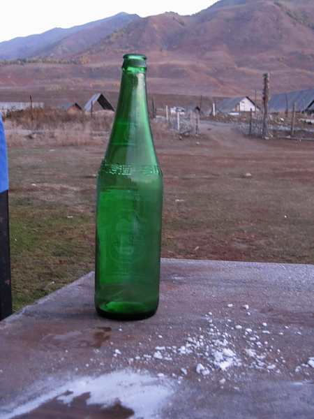 酒瓶與霜.jpg