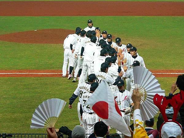 日本贏了 :p
