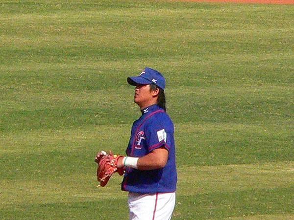 今天陽森擔任二壘手