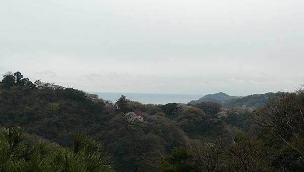 另一邊的觀景台....相模灣倒是看得到了....