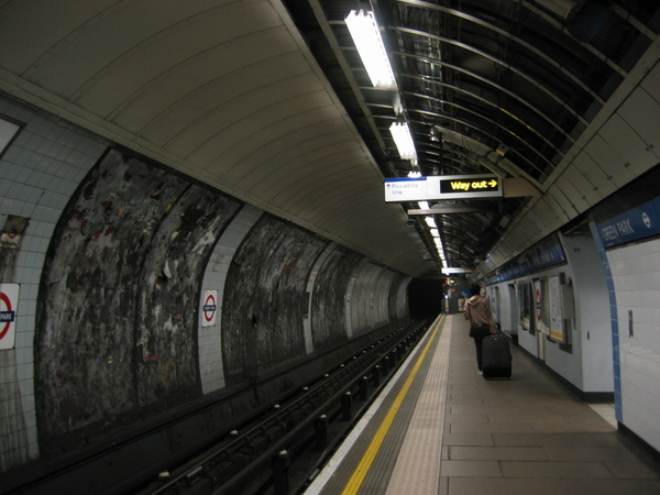 Tube: Picadilly line