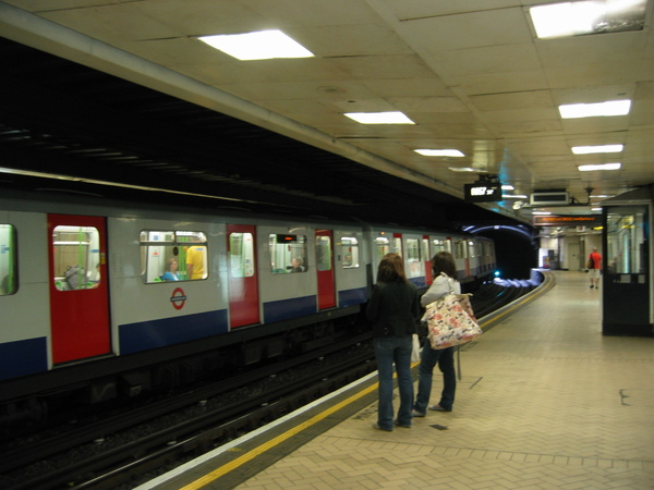 Tube: District&Circle line