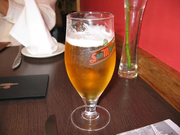 午餐: 透心涼啤酒