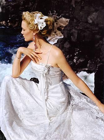Amy Lin-Wedding-Elegant Bride Kona-5.jpg