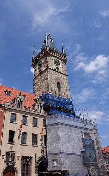 天文鐘鐘塔