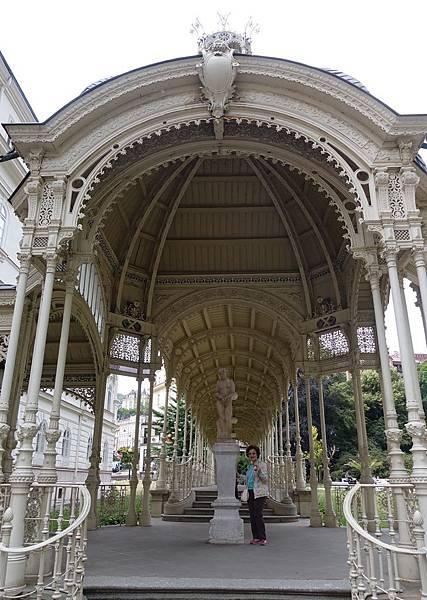 莎多瓦溫泉迴廊   (1).JPG