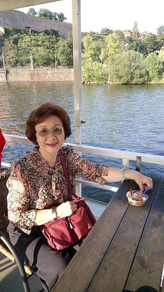 伏爾塔瓦河遊船