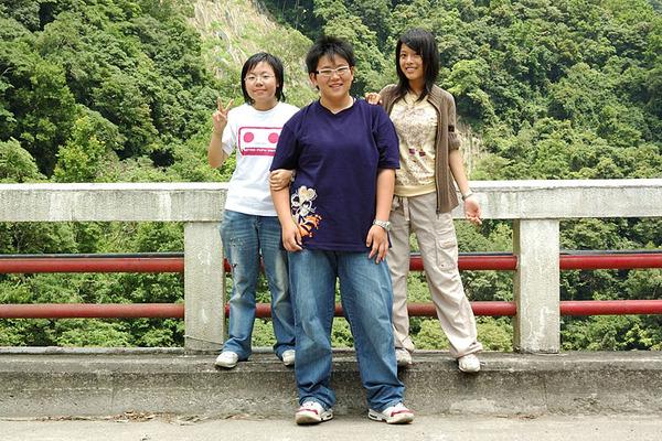 景美三人組