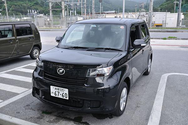 我們在沖繩島就靠這輛小黑二世啦~