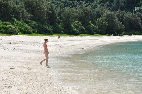 有了陽光、沙灘...