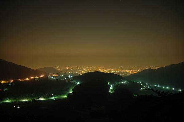 下山時隨便拍的夜景