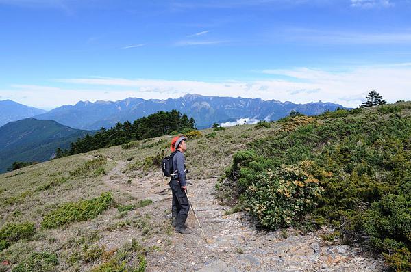 葉大哥以及遠方的聖稜線