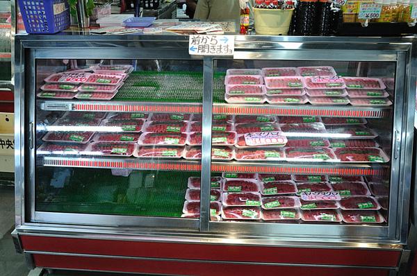 非常多的生魚片!!