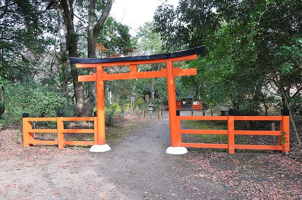 植物園內也有個神社…