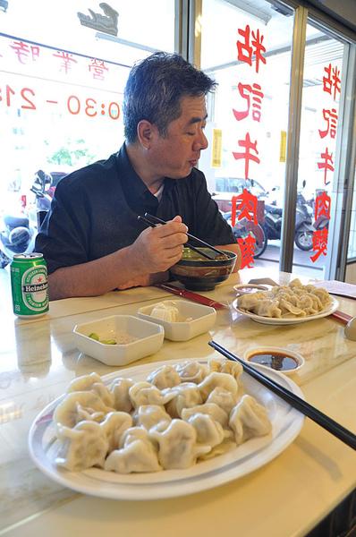 台南吃牛肉麵加水餃