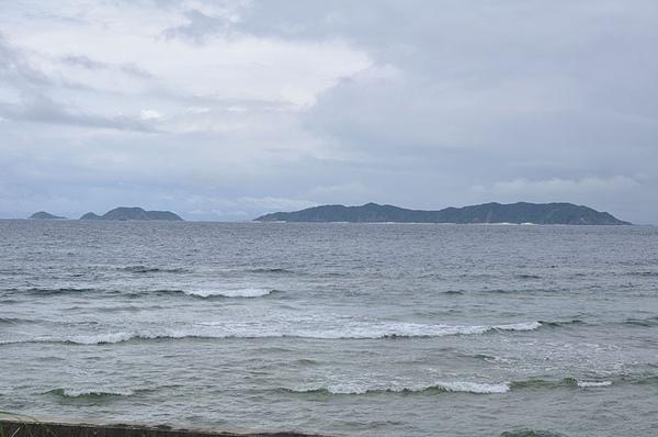 道路緊臨著海洋
