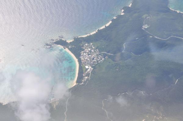 我們住的阿波連村以及超美的阿波連海灘!!