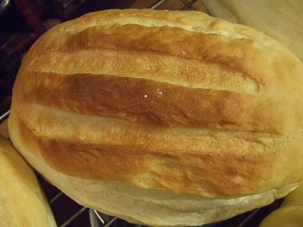 牛奶哈斯麵包 003.jpg